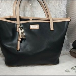 Coach Park Metro Small Leather Black  Tote Bag